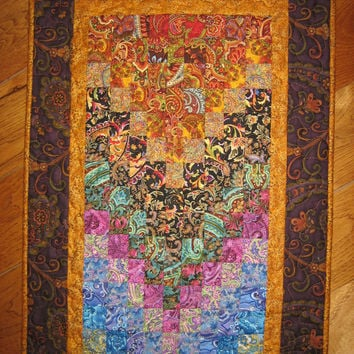 Art Quilt, Paisley Passion Fabric Wall Hanging Bed Runner