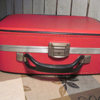 Vintage Red Leather Suit Case, Great Condition!