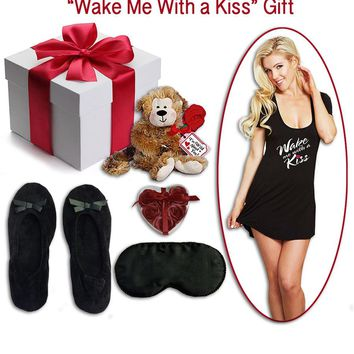 "Gift Set - Women's ""Wake Me with a Kiss"" Sleep Shirt Gift (Small-4X)"