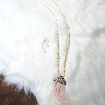 Around Me Feather Necklace: Blush