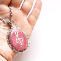 Pink music necklace, Treble clef pendant, Music jewelry, Music lover necklace, Musicans pendant gift, Resin jewelry, Gift resin necklace