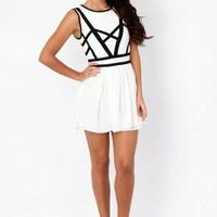 Missguided - Chellsea Contrast Bandage Skater Dress