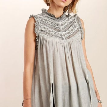 Victorian neck sleeveless, Lace detailed top - Gray