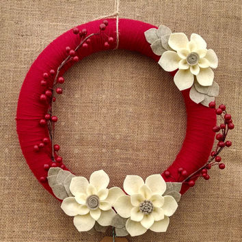 Cranberry and ivory wool felt flower wreath, yarn and felt flower wreath, Christmas floral wreath, large 14 inch size, ready to ship