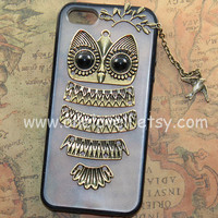 Iphone 5 case,Cute Owl iphone case,owl on the branch,bird charm, black case for iPhone 5 Case