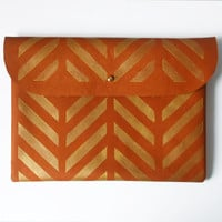 CLUTCH // iPad Mini Case // Customize Your Own Design // brown leather golden chevron pattern