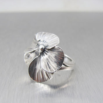 Vintage Stuart Nye Pansy Ring Sterling Silver Modernist Hand Wrought Flower Size 6 Adjustable Figural