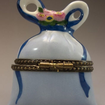 Trinket Box Limoges Peint Main France Porcelain Blue Basket Bow Rhinestones