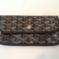 Authentic Goyard Paris Leather Change Purse Womens Wallet Made in France Private Label one size by Justin Gods