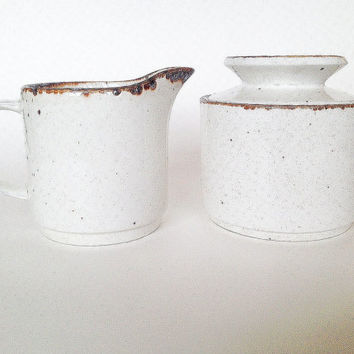 Mid Century Mod Cream and Sugar, Lifestyle, Meakin, White Speckled Stoneware