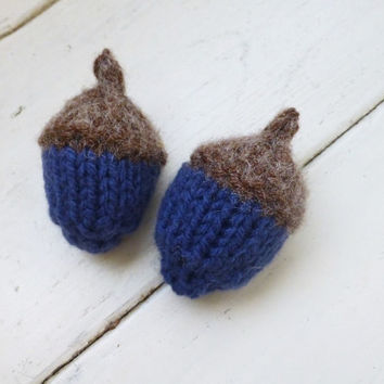 Knit acorns, Acorns for sale, oak acorns, stuffed acorn, woodland decor, bowl sitter, vase filler, ready to ship, hand knit, dark blue
