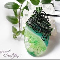 OOAK wire wrapped Agate necklace, green and black wire wrapped necklace, copper wire & leather necklace, unique wire wrap necklace for women