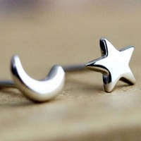Simple fashion elegant hot earring moon star women's earrings free shipping