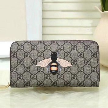 PEAPUP0 GUCCI Woman Men Fashion Bee Clutch Bag Leather Purse Wallet2