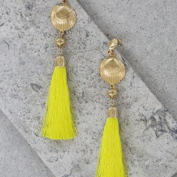 Shell Drop Tassel Earrings in Yellow and Gold