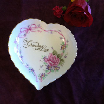 Lefton To Grandma With Love Bone China Heart Trinket Ring Dish Vintage 1987 Rose Floral Jewelry Home Decor Bowl Pink Purple Green Yellow
