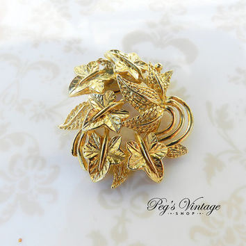 Vintage Leaf Cluster Gold Tone Scarf Clip//Slide, Dress Clip Fashion Accessory