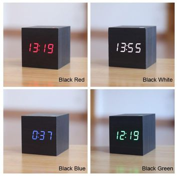 LED Alarm Digital Desk Clock Wooden Thermometer Display Voice Sound Activated Wake Up Light USBUSB/AAA