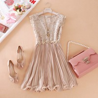 LACE STITCHING CHIFFON ORGAN PLAIT VEST DRESS