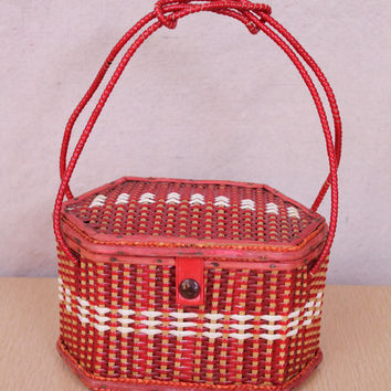Vintage - 50s/60s - Red & White Stripe - Vinyl - Wicker - Basket Weave - Hand Bag - Purse