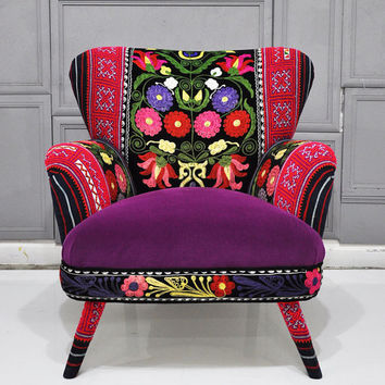 Patchwork armchair with Suzani, Thai Hmong and velvet fabrics - Spring