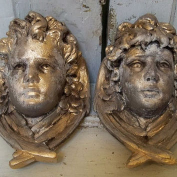 Plaster cherub figures sconce candleholder French chic wall decor distressed heavy wall hanging Anita Spero