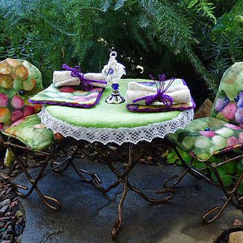 Fairy Garden Bistro Decor Dolls House Handmade Green Miniature 1:12 Scale Cushions Tablecloth Placemats Napkins Table Lantern Picnic Blanket