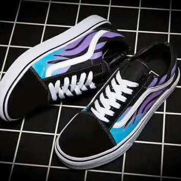 3103212f09a2 Vans Classics Flame Old Skool Sneaker boost shoes (black-purple-