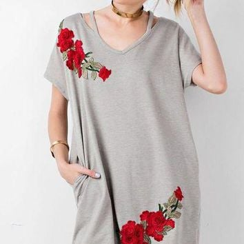 Easel oversized embroidered rose tunic dress