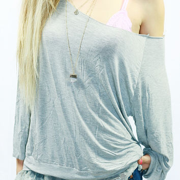 FOR LOVE & LACE TOP IN GREY