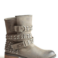 Showstopper Studded Boots - $82.00 : ThreadSence, Women's Indie & Bohemian Clothing, Dresses, & Accessories