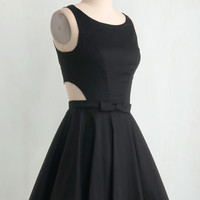 Vintage Inspired Short Length Sleeveless Fit & Flare Classic Twist Dress in Black