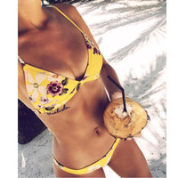 New fashion hot sale Floral yellow print hanging neck back knot two piece bikini