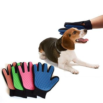 True Touch Deshedding Brush Glove Pet Dog Cat Brush  Massage Grooming Glove Comb Right L Hand Apply