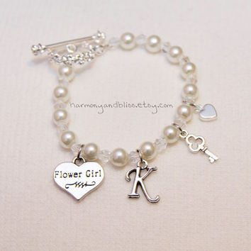 Flower Girl wedding party personalized initial charm jewelry flowergirl charm bracelet with flower toggle clasp key heart white pearl beads