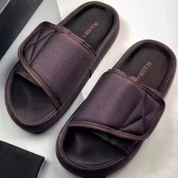 Trendsetter Kanye yeezy season 6  Women Men Fashion Casual Slipper Shoes