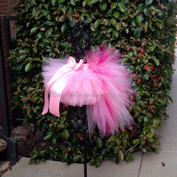 Pink Flamingo Tutu / Flamingo Halloween Costume / Flamingo Bustle Tutu / Toddler or Baby Bird Tutu Costume / Tail Feather Tutu