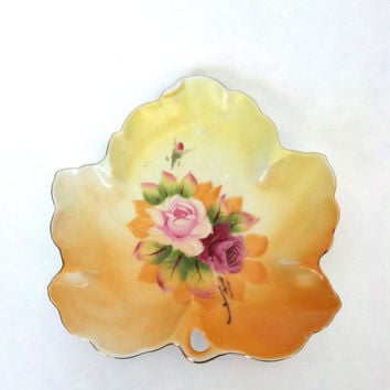 Vintage Maple Leaf Dish - Lefton China - 4669 - Made in Japan - Hand painted - Jewelry Dish - Jewelry Tray - Magical Wish
