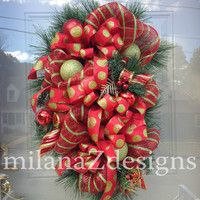 Christmas Deco Mesh Door Swag, Red and Green Christmas Wreath, Glittered Shatterproof Ornaments, Traditional Mesh Holiday Decor