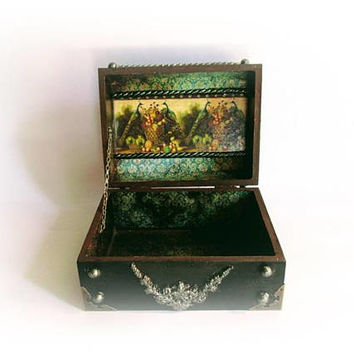 Vintage Treasure Chest Treasure Box Peacock Jewelry Chest Antique Pirate Chest Trinket Box Silver Keapsake Chest Secret Box Gift for Her