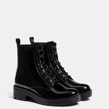 Lace-up flat ankle boots - SHOES - Bershka United Kingdom
