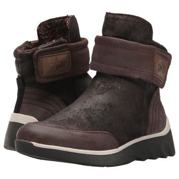 New OTBT Women's Boots Outing in Dark Brown