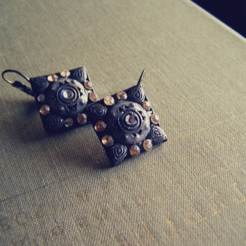 Vintage Rhinestone Square Earrings, Antiqued Bronze Brass and Honey Short Earrings, Hipster Boho everyday oxidized Jewelry, Autumn Harvest