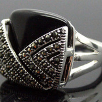 Free shipping RARE VINTAGE STERLING SILVER RING MARCASITE BLACK AGATE/ONYX HUGE RING SZ 7/8/9