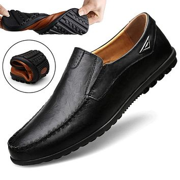 Summer Men Casual Shoes Luxury Brand Genuine Leather Loafers Men Moccasins Breathable Slip on Italian Boat Shoes Plus Size 37-47