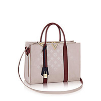 Products by Louis Vuitton: Very Tote MM