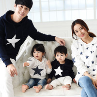 Family clothing 2017 spring autumn cotton star hoodie mother daughter son father  clothes family matching outfits clothing sets