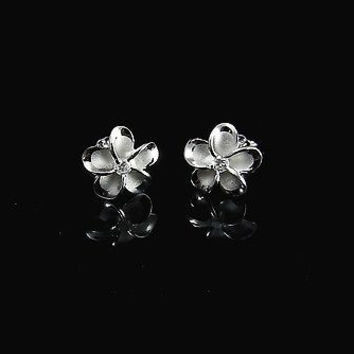 10MM SILVER 925 HAWAIIAN PLUMERIA EARRINGS RHODIUM