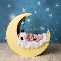Melondipity Cow Jumped Over the Moon Newborn Baby Hat & Diaper Cover Set