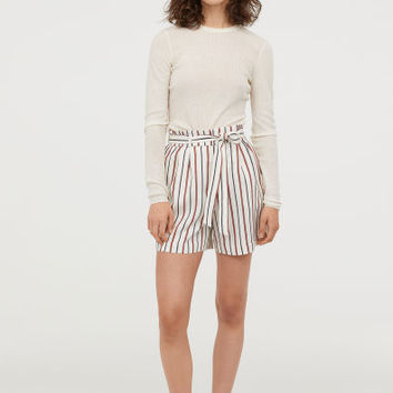 Paper bag shorts - Natural white/Striped - Ladies | H&M GB
